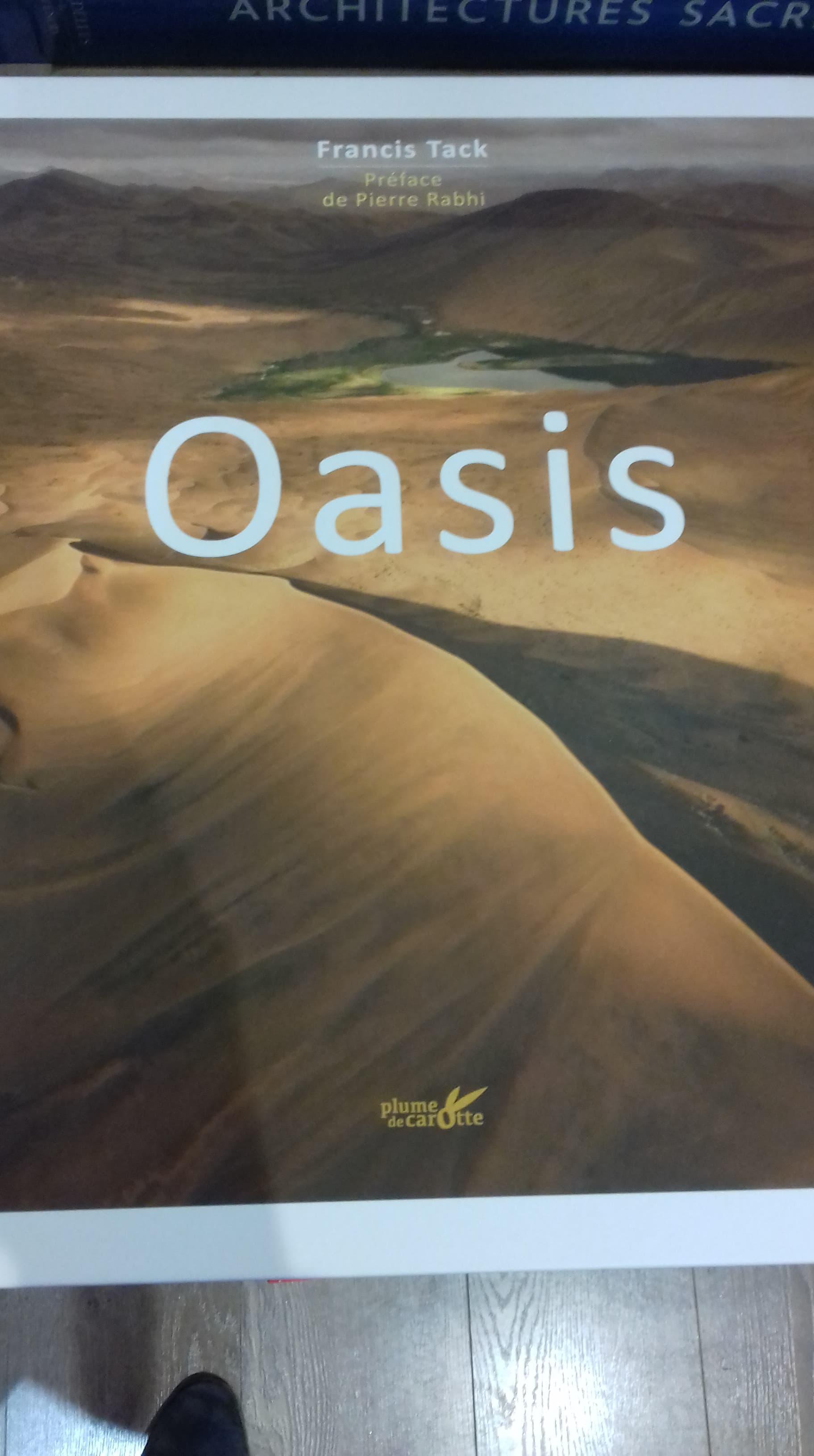 Oasis - éditions Plume de Carotte - 39€